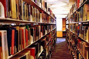 落ち着きのある図書室